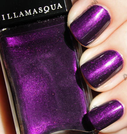 illamasqua baptiste nail polish varnish sun Illamasqua Boo! Pantomime Nail Duo Swatches & Review