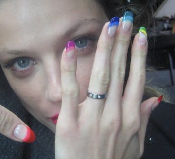 sophy-robson-rainbow-nails