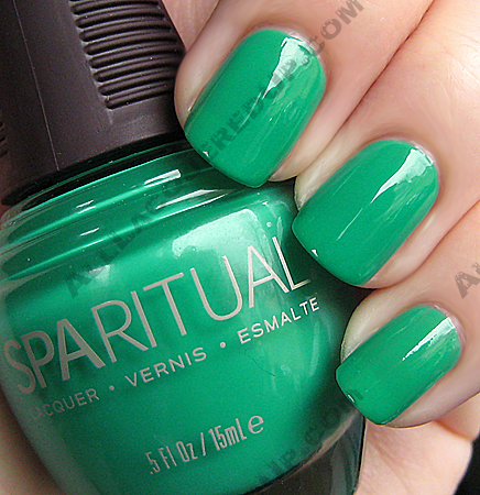 sparitual-emerald-city-nail-polish
