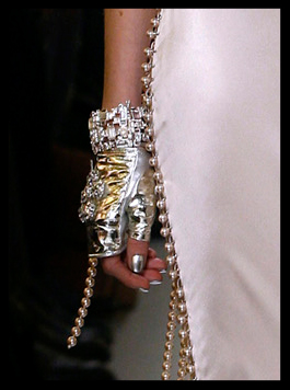 chanel minx nails spring couture 2010 silver metallic Is That Minx I Spy On The Chanel Runway?