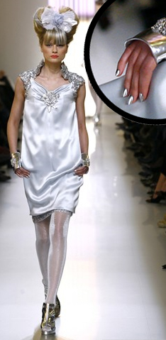 chanel spring couture silver metallic nails minx Is That Minx I Spy On The Chanel Runway?