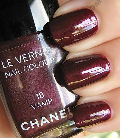 chanel-vamp-le-vernis-nail-polish