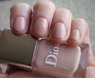 dior nude chic mannequin hands kyl Mannequin Hands with Dior, Lippmann and OPI