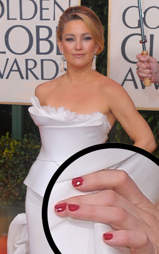 kate hudson 67th golden globes lippmann red nails Golden Globe Nail Watch   Kate Hudson