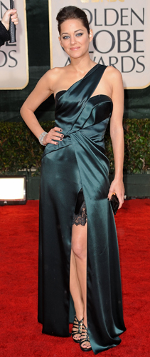 marion-cotillard-67th-golden-globes-nail-polish