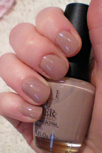 opi tickle my france y mannequin hands kyl Mannequin Hands with Dior, Lippmann and OPI