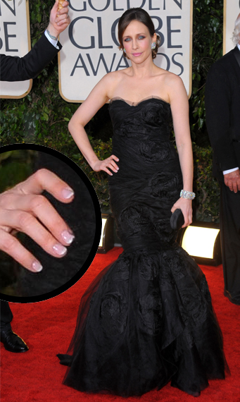 vera farmiga 67th golden globes jenna hipp Golden Globes Nail Watch   Vera Farmiga