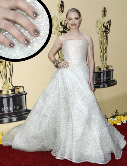 Amanda Seyfried 82nd Academy Awards Oscars Chanel Oscar Nail Watch 2010   Amanda Seyfried