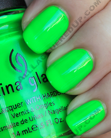 china-glaze-kiwi-cool-ada-swatch-poolside