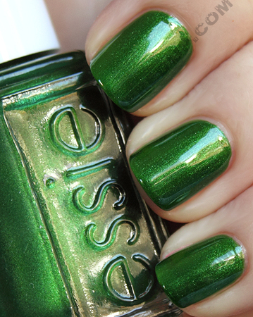 essie dominica green nail polish swatch The ALU Archives   Essie Dominica Green