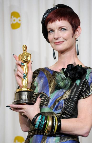 sandy-powell-green-nails-oscars-academy-awards