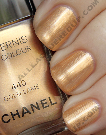 chanel gold lamé swatch from the noir et or paris-shanghai collection