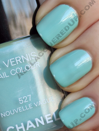 chanel nouvelle vague swatch les pop up de chanel le vernis Get The Nail Look   Beyonces Why Dont You Love Me? Video