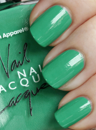 american apparel malibu green nail lacquer summer 2010 Manicure Trick   Wrap Your Tips