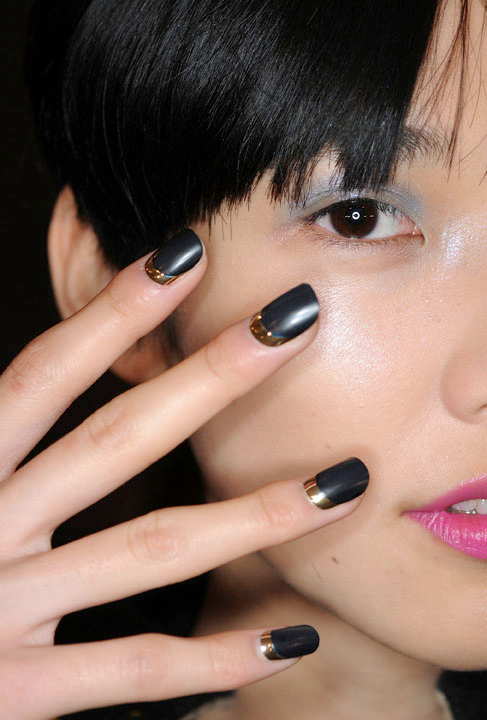 cnd ruffian nail nyfw fw 10 matte moon manicure Get The Look   The CND Ruffian Matte Moon Manicure