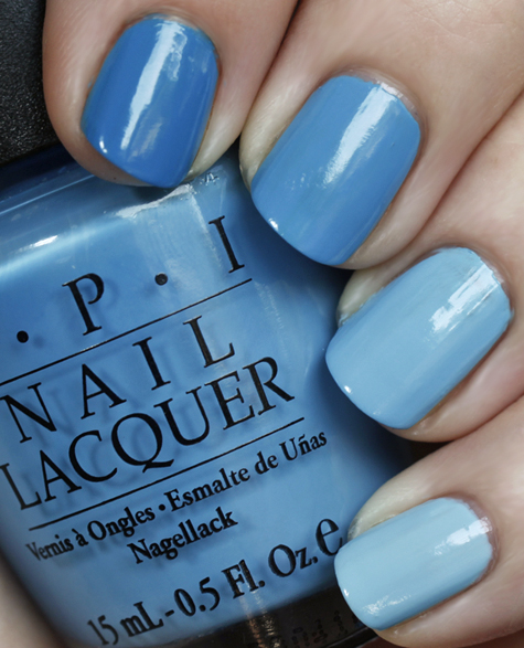 ombre manicure blues opi china glaze barry m Out Of The Blue   A Multi Colored Ombre Manicure