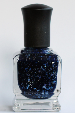 deborah lippmann lady sings the blues nail polish all that jazz Get The Nail Look   Lea Michele at the 62nd Annual Emmy Awards