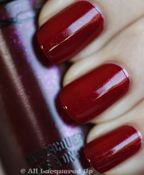 mac concubine swatch nail trend 10 MAC Nail Trend F/W 2010 Swatches & Review