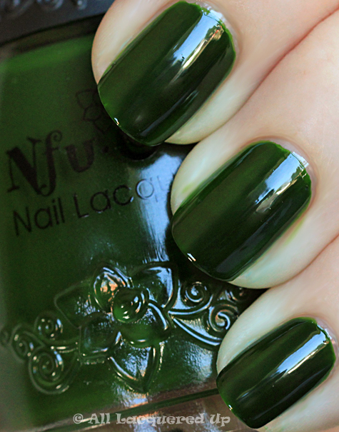 nfu oh 568 swatch green jelly nail polish Putting Nfu Oh to the Test   A NOTD with 568 & 56