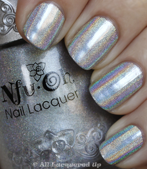 nfu oh 61 holographic nail polish swatch Best Holo Ever   Nfu Oh 61 Can Take On Minx Hologram Nails