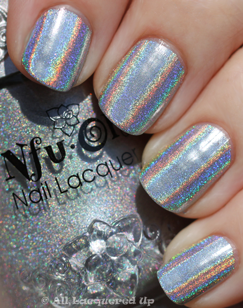 nfu oh 61 swatch holographic nail polish Best Holo Ever   Nfu Oh 61 Can Take On Minx Hologram Nails