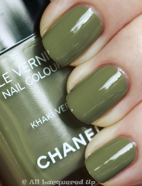 chanel khaki vert swatch nail polish les khakis de chanel Chanel Les Khakis De Chanel Nail Polishes for Fashions Night Out
