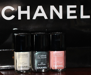 chanel spring 2011 bottles First Look   Chanel Black Pearl Nail Polish