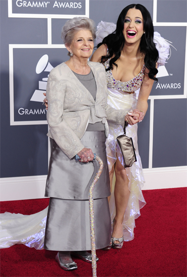katy perry grammy red carpet grandmother Celebrity Manicurist Kimmie Kyees Nails Rihanna & Katy Perry at The Grammys