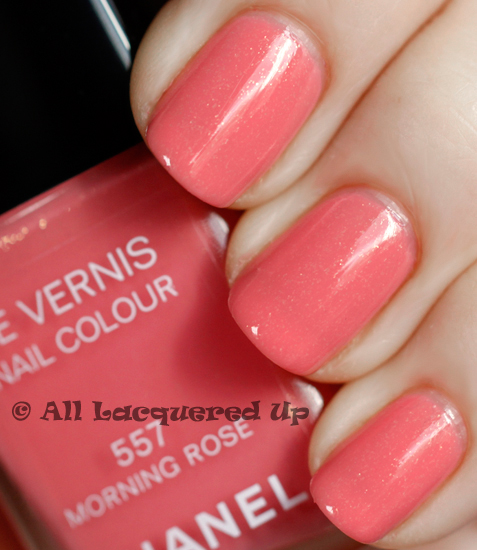 chanel morning rose swatch nail polish le vernis 1 ALUs 365 of Untrieds   Chanel Morning Rose