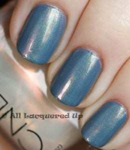 cnd mood ring manicure sally hansen gray by gray1 260x300 Creative Use of Effects   The CND Mood Ring Manicure
