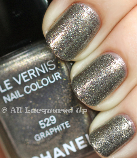 chanel graphite nail polish swatch chanel fall 2011 illusions dombre ALUs 365 of Untrieds   Chanel Graphite from the Illusions dOmbres de Chanel Fall 2011 Collection