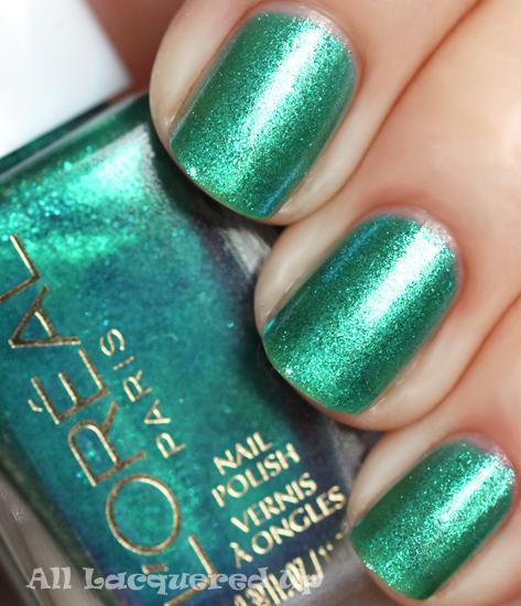 loreal blue marine nail polish swatch