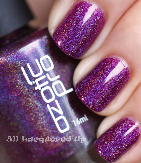 ozotic pro 513 purple holographic nail polish swatch linear holo