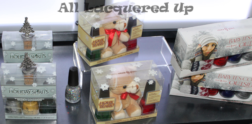 china-glaze-let-it-snow-holiday-2011-nail-polish-gift-set