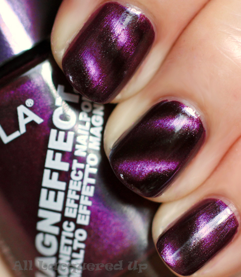 layla purple galaxy 05 magneffect magnetic nail polish swatch