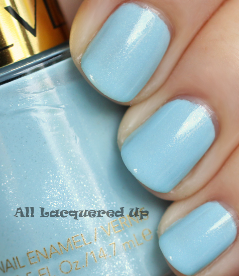 revlon blue lagoon nail polish swatch ALUs 365 of Untrieds   Revlon Blue Lagoon