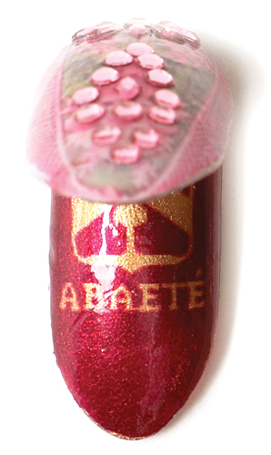 Abaete faberge egg SS05 cnd CNDs Jan Arnold Takes A Look Back at 15 Years of Fashion Week Nails