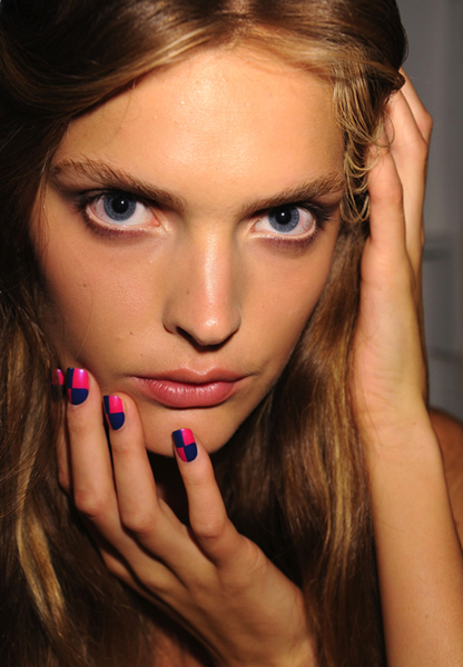 nicole miller nyfw cnd checker board manicure nails CND at NYFW   Checkerboard Nails at Nicole Miller Spring 2012