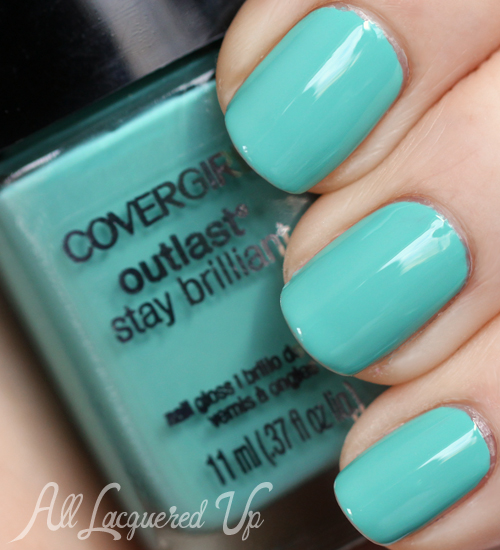 covergirl-outlast-mint-mojito-nail-polish-swatch