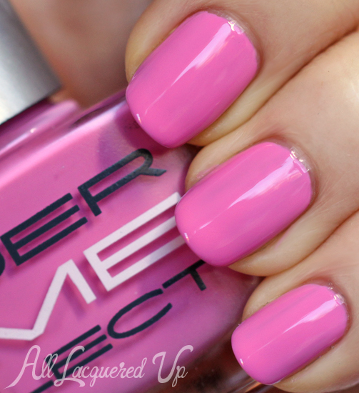 Dermelect Moxie nail polish swatch