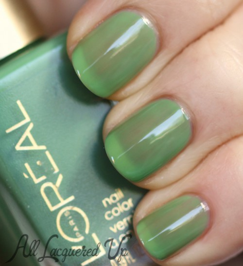 L'Oréal Paris Creme de Mint jelly nail polish swatch