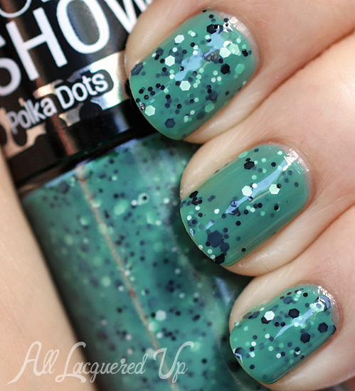 Maybelline Color Show Drops of Jade Polka Dots glitter nail polish swatch