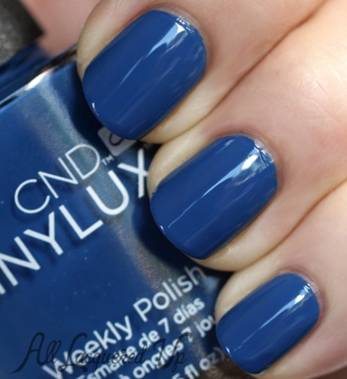 CND VINYLUX Seaside Party nail polish swatch