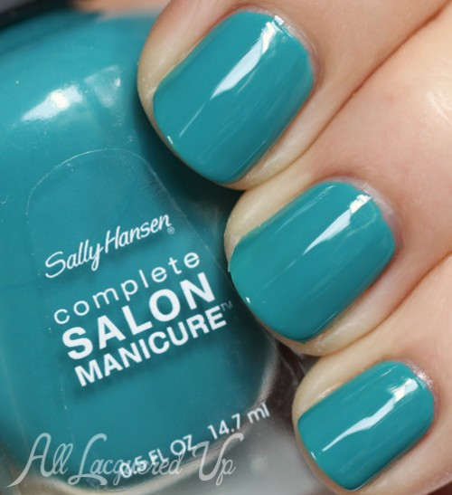 Sally Hansen New Wave Blue nail polish