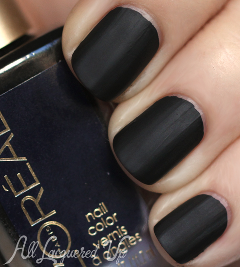L'Oreal She's So Matte Nail Polish