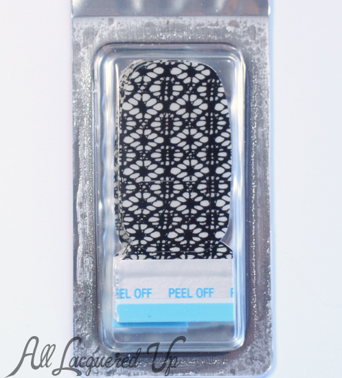 Sally Hansen Hide and Peek Salon Effects nail polish strips