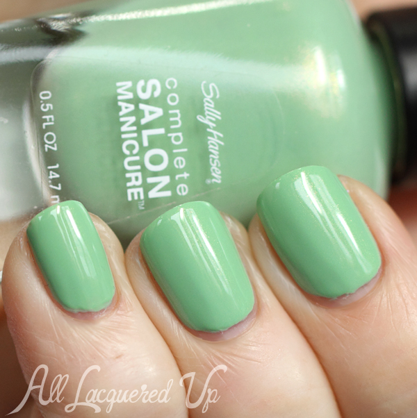 Sally Hansen Piqué Side swatch #ManiMonday via @alllacqueredup