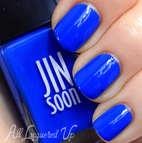 JINsoon Cool Blue swatch via @alllacqueredup