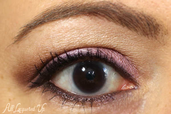 Too Faced Cat Eyes Eyeshadow Look