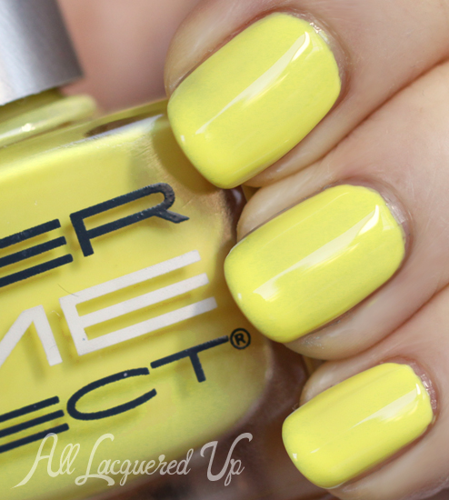 Dermelect Buzz-worthy nail polish swatch